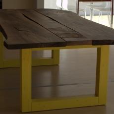 Tavoli: l'unicità del legno massello